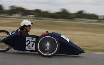 Oscar racing the 2011 EV.