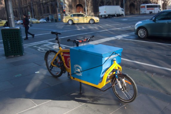 A Bullitt cargo bicycle, commonly used by couriers.